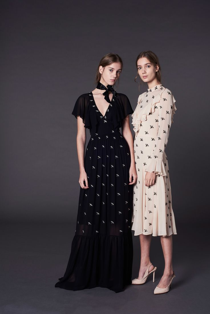 http://www.vogue.com/fashion-shows/pre-fall-2017/temperley-london/slideshow/collection
