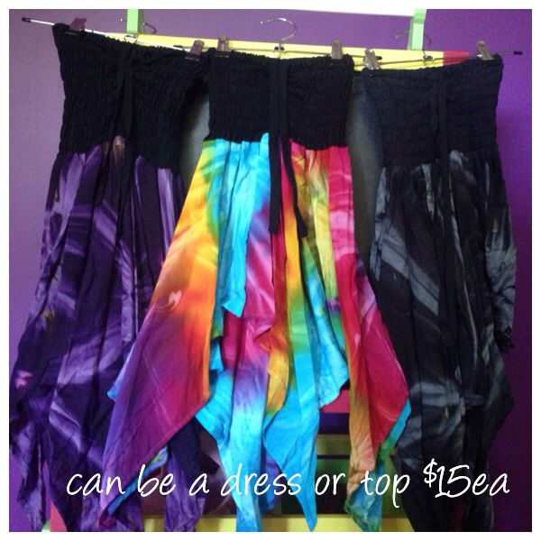 Girls top size 6-8 or dress size 3-4