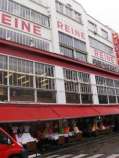 Tissu Reine 3-5, place St Pierre 75018 Paris Ouvert le lundi : 14h à 18h30 mardi-vendredi : 9h30 à 18h30 samedi : 9h45 à 19h