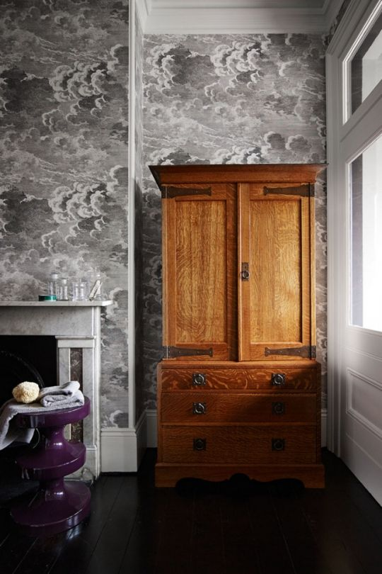 Les 24 meilleures images du tableau papier peint salon sur - Interieur eclectique maison citiadine arent pyke ...