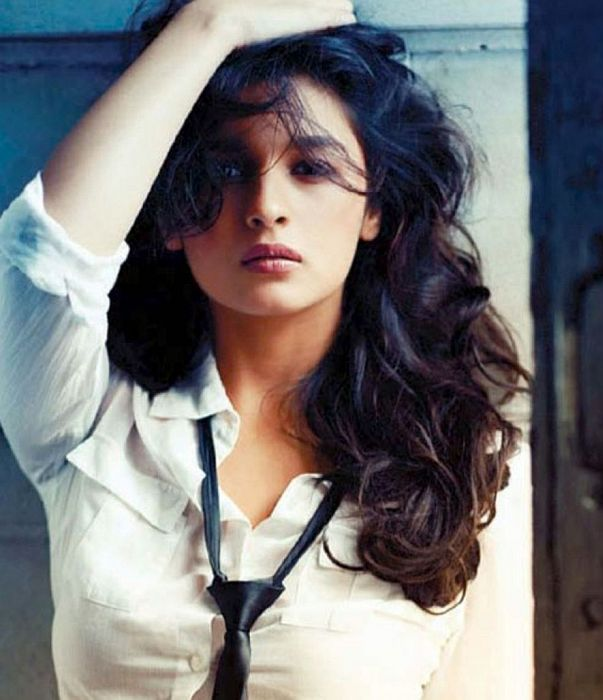 Alia Bhatt-Bollywood Actress