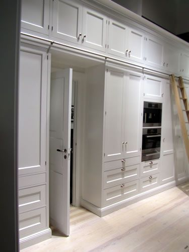 Traditional Kitchens - Kitchens, Bathrooms and much more (Breakwater kitchens)