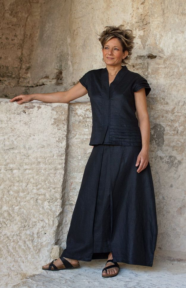 black linen outfit skirt . -:- AMALTHEE -:- n° 3291