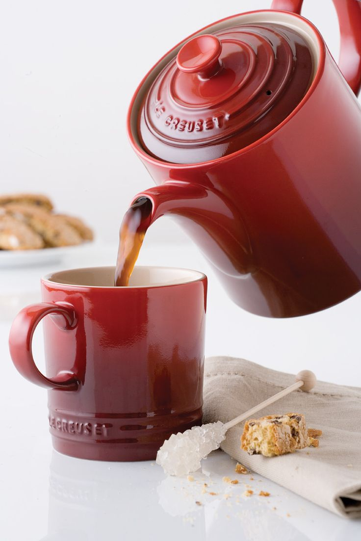Red Le Creuset Grand Teapot - #LGLimitlessDesign and #Contest @em_henderson @davidbromstad @hgtv
