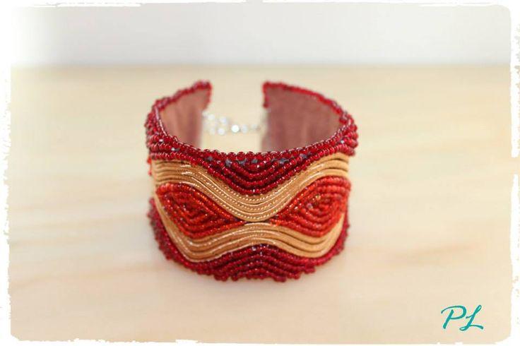 Bracciale con perline rosse e soutache by Paola longo creazioni https://www.facebook.com/pages/Paola-Longo-creazioni/615398268566782?fref=photo