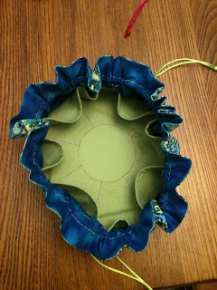 The Quilting Queen Online Blog: JEWELRY POUCH TUTORIAL