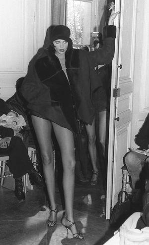 John Galliano 1994 fashion show, JOHN GALLIANO FALL 1994 NADJA AUERMANN, Photo by Jean-Luce Huré