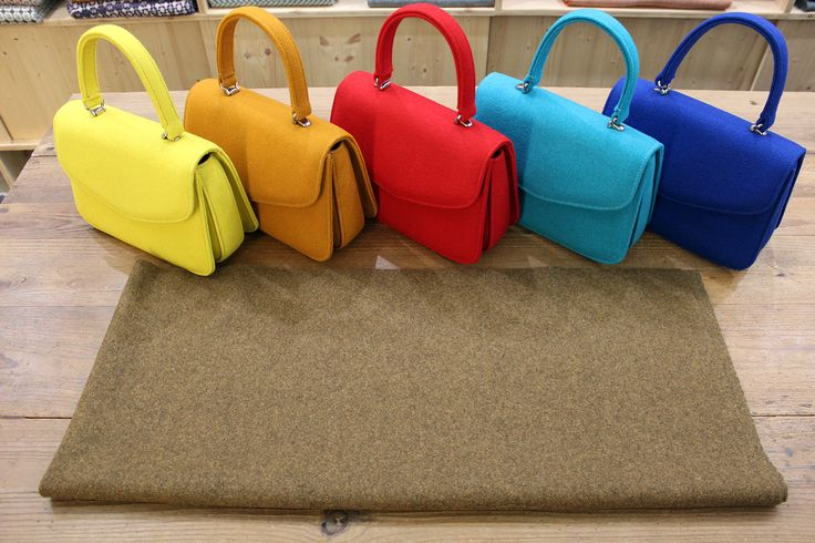 Classic Bag in Burel in every colour. Perfect for every outfit and style. Different fashion for a demanding person.