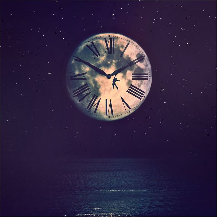 Moonclock by Felicia Simion