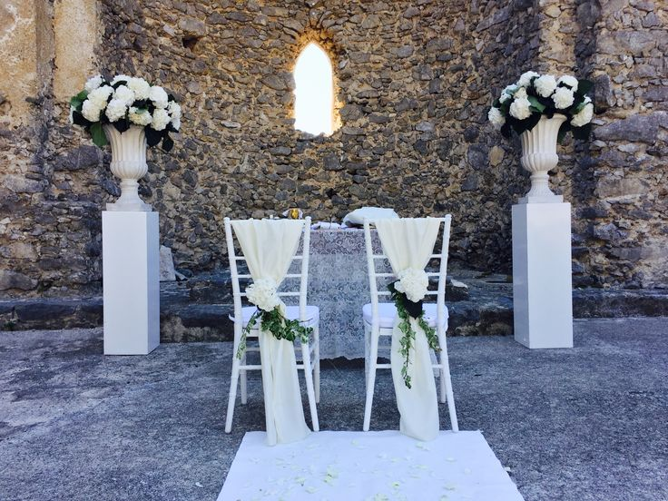 Civil Wedding, Wedding day, Total White Flowers, Mediaval Ruins Sant'Eustachio, Villa Minuta, Scala, White, Yellow and Orange colors, Olga Studio, Sposa Mediterranea, Federica wedding Planner