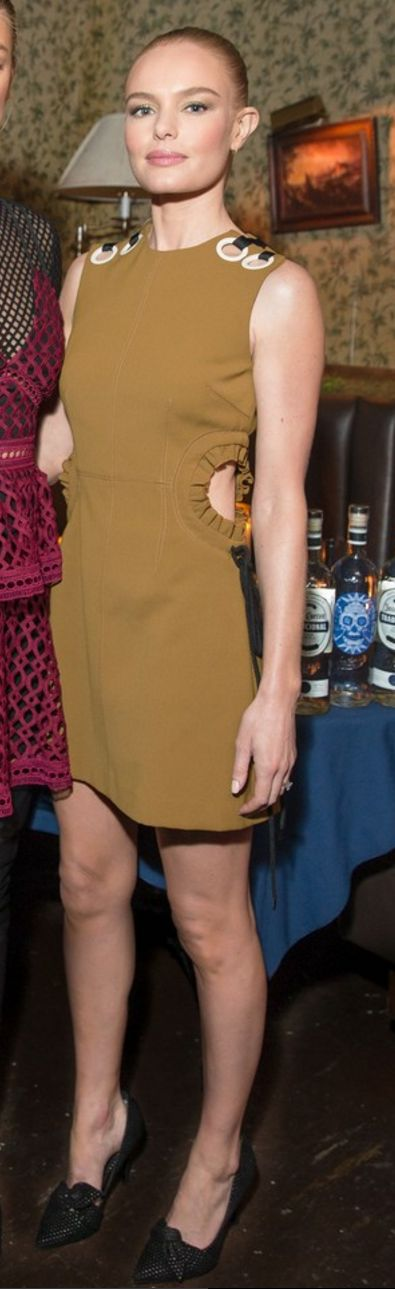 Who made  Kate Bosworth's tan cut out dress and black pumps?