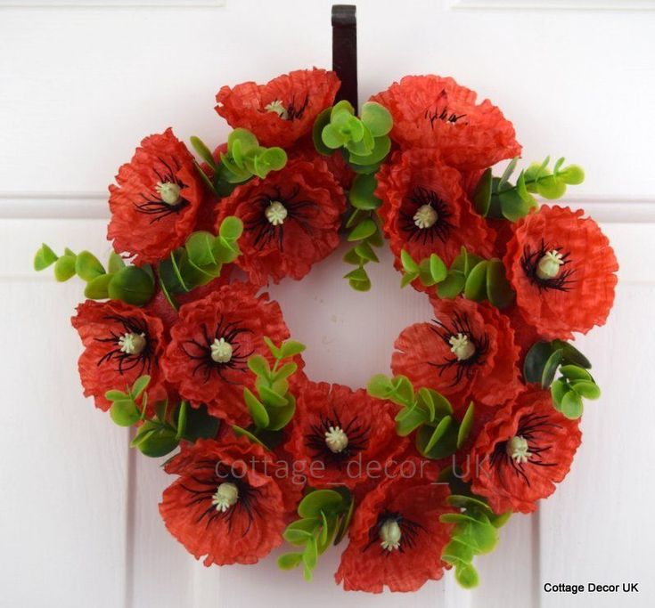 24 CM SILK FLAME RED POPPY WREATH REMEMBRANCE DAY MEMORIAL TRIBUTE HANDMADE in Home, Furniture & DIY, Home Decor, Wall Hangings | eBay