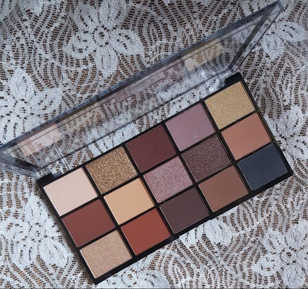 [Recensione] Makeup Revolution Reloaded Palette Velvet