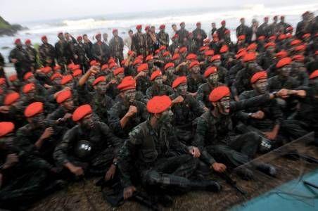 Komando Pasukan Khusus, Pasukan Elite Terbaik Indonesia on Army Story