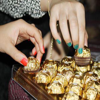 صور حلويات العيد رمزيات حلوى العيد اخبار العراق Arab Swag Choco Red Roses
