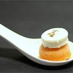 Mousse van rode paprika met komijngeitenkaas @ allrecipes.nl