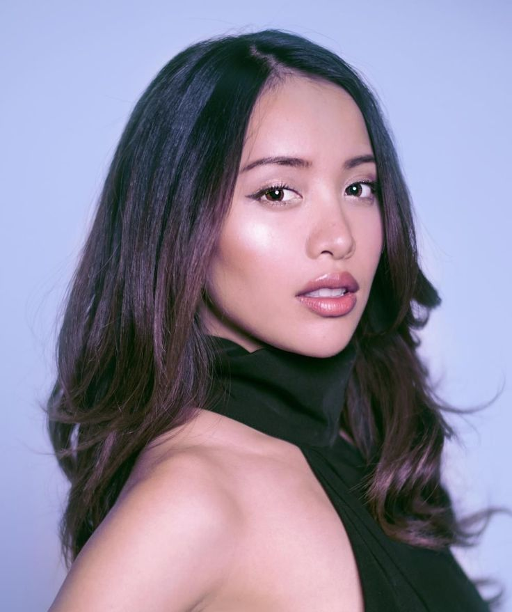 Beauty Guru Michelle Phan is one of Forbes's highest paid YouTube stars of 2015 (Photo: Facebook) The world's highest paid YouTube stars of 2015 were just revealed by Forbes, and among the millionaires was beauty tutorial pioneer Michelle Phan, who earns $3 million annually, before taxes and management