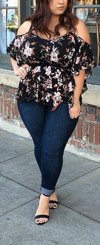 Curvy Outfits For Women // #plussize #plussizefashion #outfits