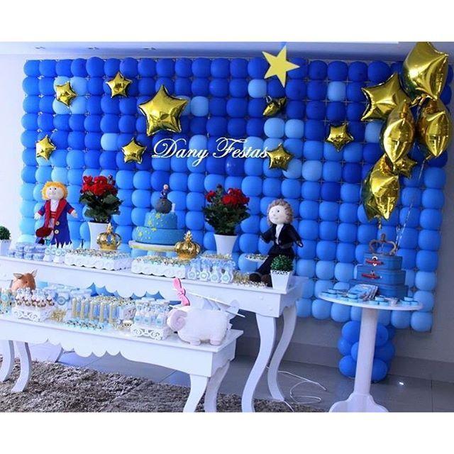 #mulpix Vale a pena relembrar!! Mesa pequeno príncipe!  Painel de balões.   #balão  #balões  #baloesagas  #foilballoons  #decoracaopequenoprincipe  #pequenoprincipe  #balloons  #umbocadinhodeideias  #queridadata  #aproveiestaideia  #loucaporfestas  #encontrandoideias  #festejarcomamor  #mamaefesteira   #queroessadecor  #decorefesta  #inspirandosuafesta  #festasinfantispelomundo  #kidsparty  #festainfantil  #festainfantilgoiania  #happybirthday  #danyfestas  #srafesta  #festasinfantispe...