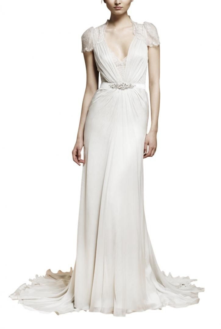 Bridal White Sleeved Dress<br/><div class='zoom-vendor-name'>By <a href=http://www.ustrendy.com/elliotclairelondon>Elliot Claire</a></div>