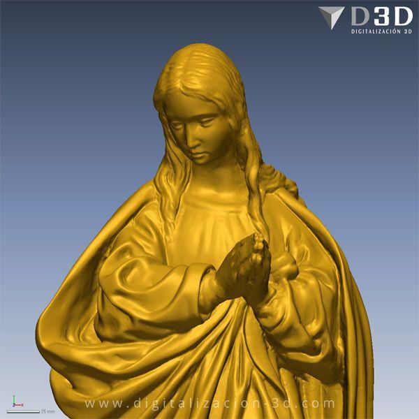 Detalle del torso de la Virgen