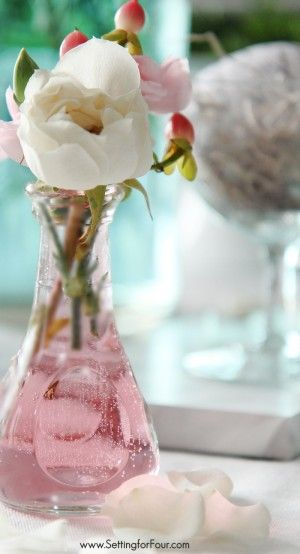 How to tint glass the easiest, quickest way I've ever seen! This DIY tinted glass vase looks pretty in pink!