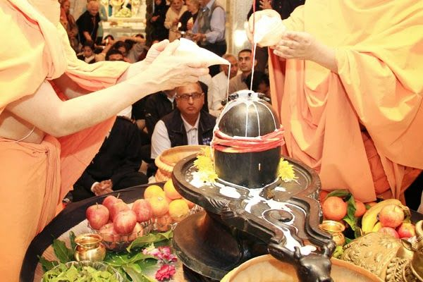 #shiv #poojan #daridrya #storatr #sawan #month To remedy the economic crisis, these measures will be done in the month of Shravan month