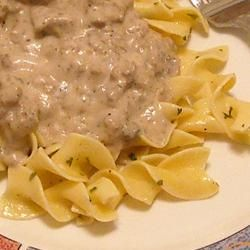 Kathie's Original Hamburger Stroganoff 1 lb. ground beef 4 slices bacon 1/2