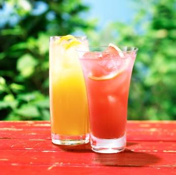 Zumo de frutas tropicales espumoso #zumo #jugos