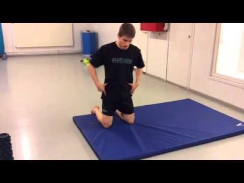 Kehitä lantion liikkuvuutta apunasi Putkirullaus - YouTube