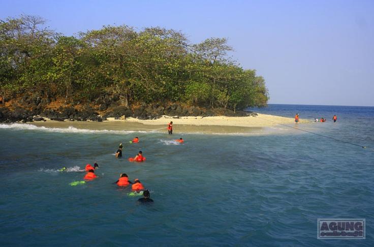 Umang-Umang Island #Lampung #Indonesia
