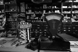 Antichi negozi di Cagliari Mostra fotografica al Ghetto di Cagliari - Inaugurazione: venerdì 28 dicembre 2012 ore 18 | MNews.IT