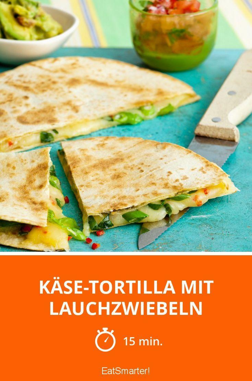 Käse-Tortilla mit Lauchzwiebeln - smarter - Zeit: 15 Min.   eatsmarter.de