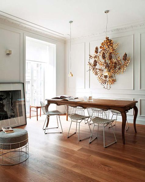 Beautiful Juxtaposition Of Wire Bertoia Chairs With A