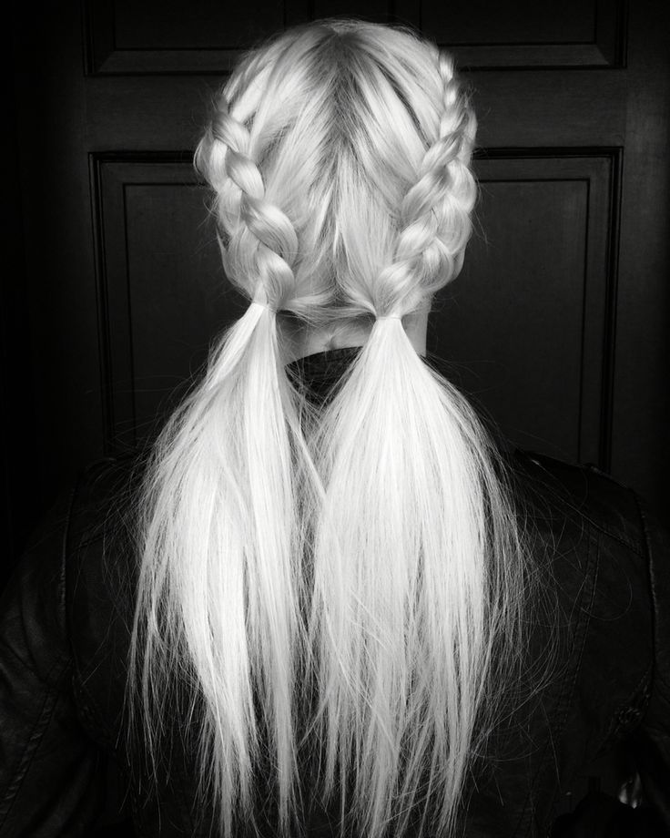 Messy pigtail pony braids