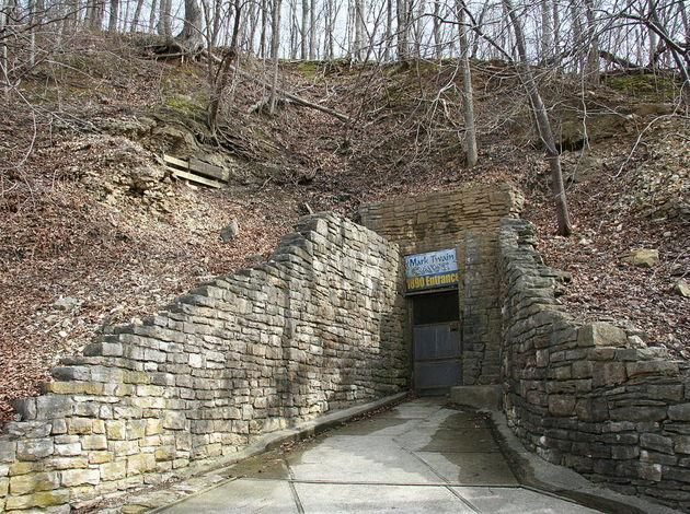 Here's A List Of Some Of The Best Caves In Missouri Which Will Take You Back To The Stone Age. Hurry Up! Let's Dig Up The Past.