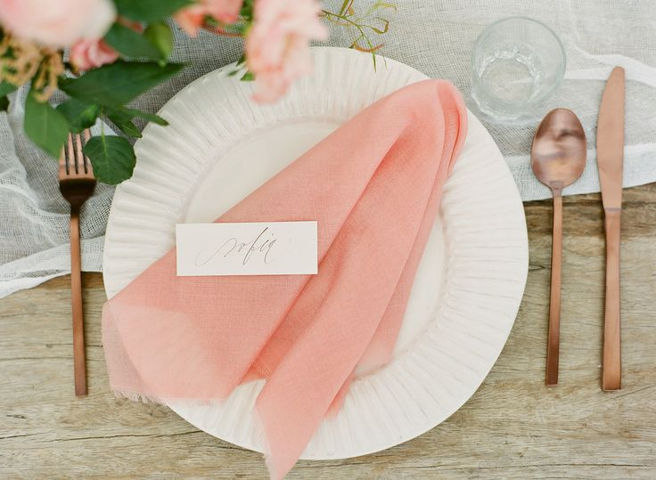 Simple rustic table setting with copper cutlery. Peach and wood wedding inspirations | Greek Island weddings