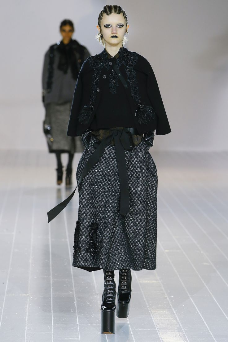 No one blinked at the marc jacobs fashion show when a model wore a - D Fil Marc Jacobs Automne Hiver 2016 2017 39