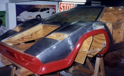 www.millerwelds.com resources article-library lamborghini-built-in-basement-by-diy-welding-enthusiast-using-miller-tig-welder-home-fabrication-equipment