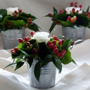 christmas+flowers+wedding+tables | Christmas Table Decorations