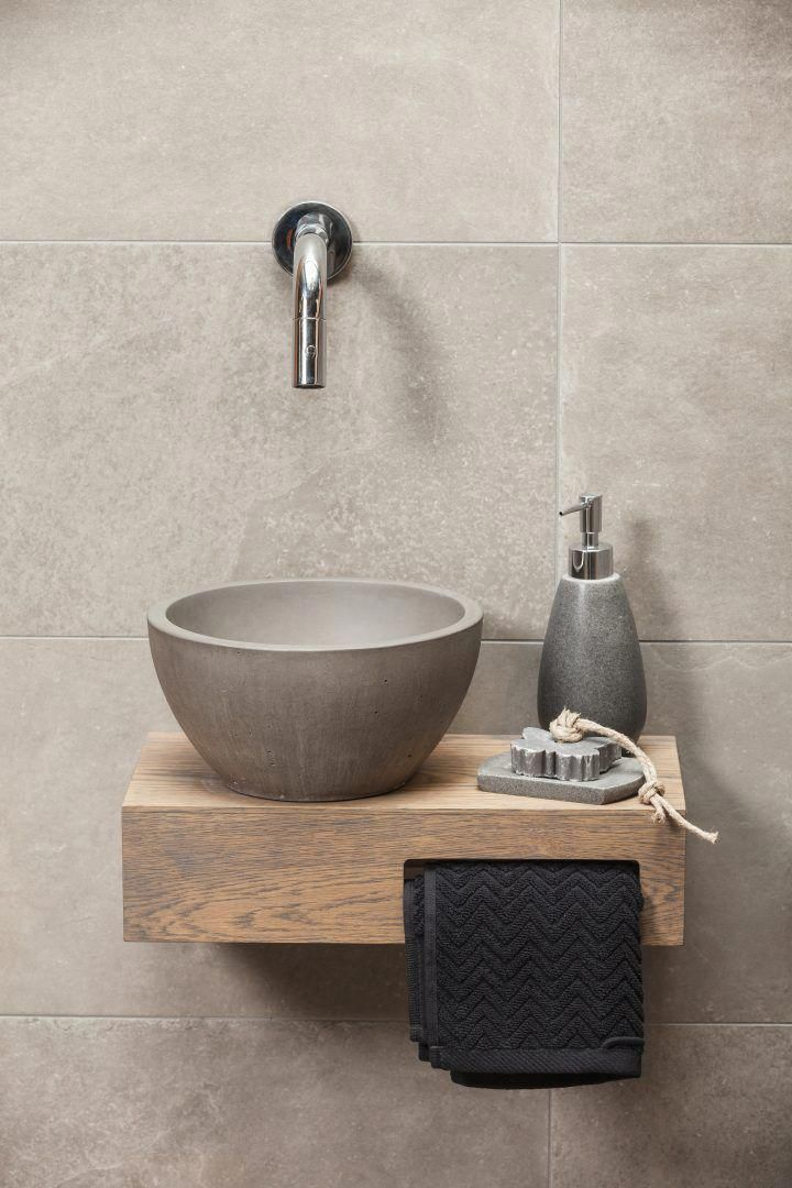 What Color Bathroom Fixtures Are In Style Homedepotbathroom Bathroomcolors With Images Rustic Bathroom Decor Serene Bathroom Bathroom Decor