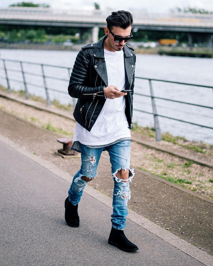 "#SMJSTYLE on Instagram: ""Streets. Favorite jacket @bodaskins #styleiswhat | #smjstyle | #streetstyle | #bodaskins Snapchat SergiuJurca✔️"""