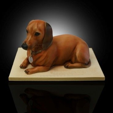 A dachshund cake!! Unbelievable!