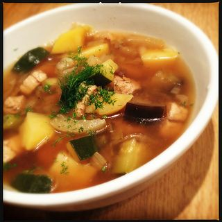 vegetarian soup with quorn