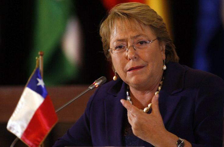La despenalización del aborto, un punto a favor de Bachelet