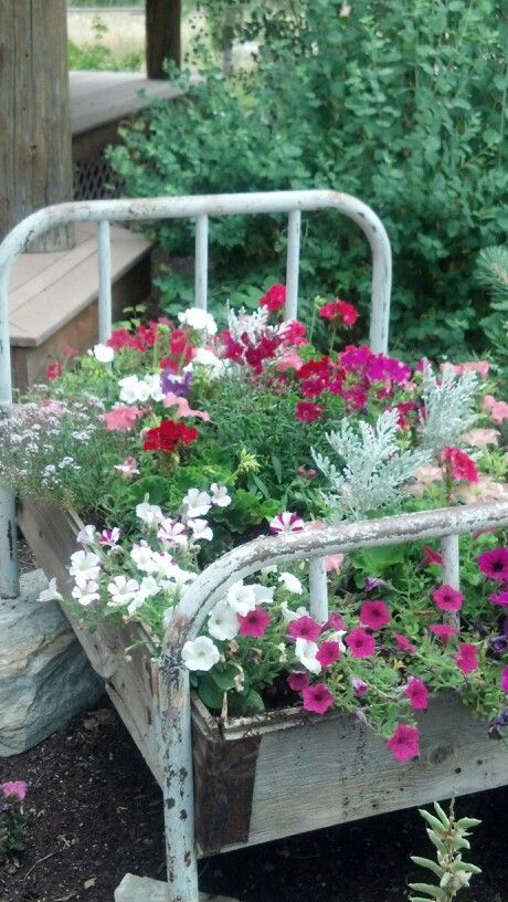 3281 best rustic country garden images on pinterest - Rustic flower gardens ...