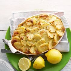 Bloemkoolschotel met zalm - Voor deze heerlijke ovenschotel hoef je niet lang in de keuken te staan. #recept #oven #JumboSupermarkten