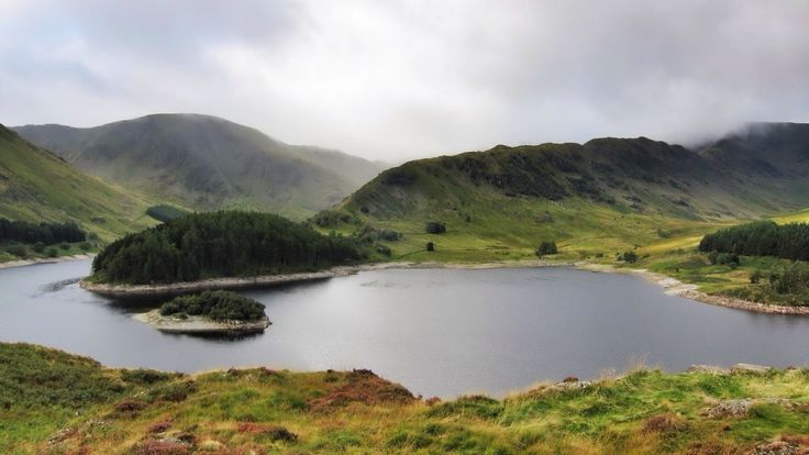 Sitting on the route of a Roman road linking Penrith to Ambleside, High Street is the highest of the far eastern fells. The ascent from Mardale Head via the Rigg is considered to be one of the finest in the Lake District.