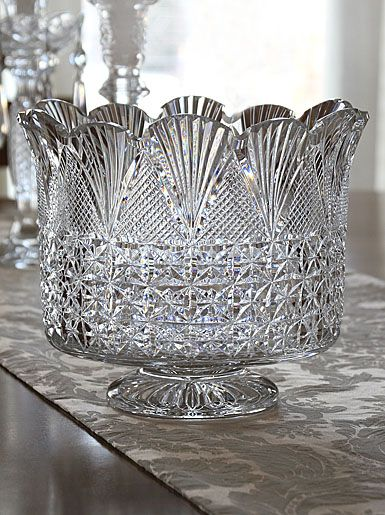 1000 Images About Crystal Amp Glass Oh Mine On Pinterest Pedestal Marquis And Rose Bowl