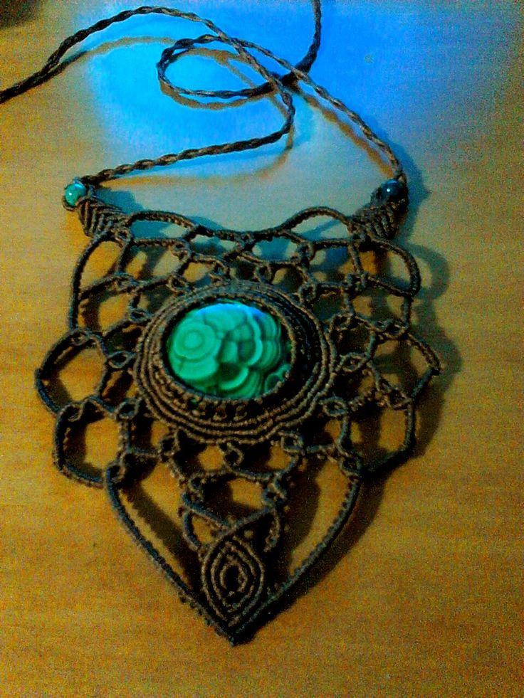 macrame necklace, macrame jewelry, malachite, malachite stone, malachite necklace, semi-precious stone, gemstones,healing stones, boho necklace, bohemian, bohemian fashion,festival fashion, festival jewelry, accessories,